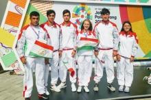 Участие пловцов на церемонии открытия Азиатских игр
